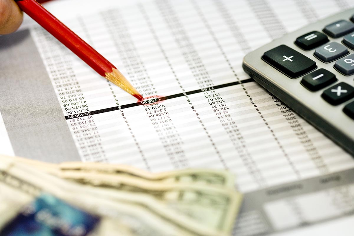 Business expenses versus personal expenses